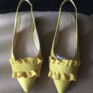 🆕AUTHENTIC NINE WEST SAMANTHA CITRINE YELLOW FLAT